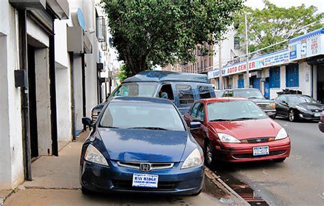 carmageddon ridge dealerships block sidewalks  cars