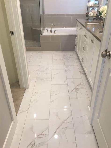 shiny tile  loo   marble tile