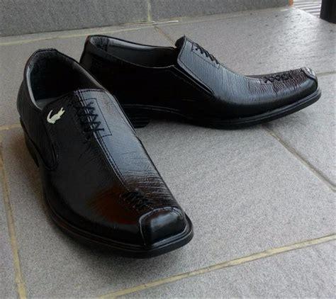 Harga Sepatu Santai Fladeo jual baru sepatu pantofel kulit crocodil santai oneill x