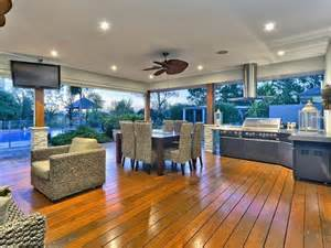 Outdoor Furniture And Bbqs
