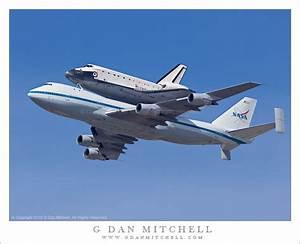 G Dan Mitchell Photograph: Space Shuttle Endeavor flyover ...