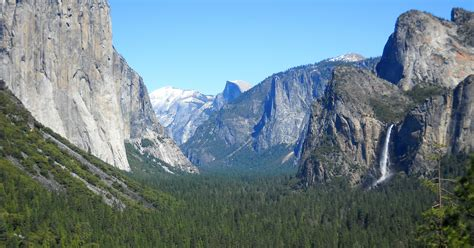 Yosemite National Park Majestic Peaks Valleys For Any