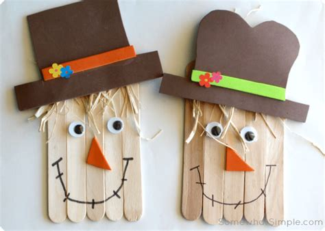 scarecrow craft a and easy project to do with 241 | scrawcrow craft 3