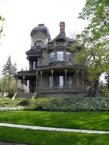 Victorian Home Bellingham Washington