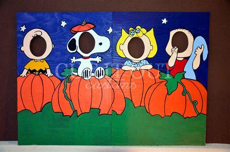 charlie brown peanuts gang halloween photo prop lawn art