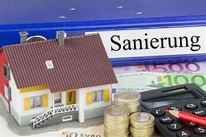 Kosten Für Dacheindeckung : kosten f r dachsanierung dachstuhl renovierung ~ Michelbontemps.com Haus und Dekorationen