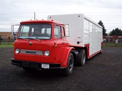 1964 Ih Co-1800 Loadstar (sweetwatertrucker) Tags