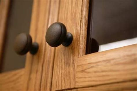 Kitchen Cabinet Knobs How To Install by How To Install Kitchen Cabinet Knobs Home Furniture Design