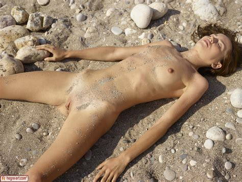 Hegre Art Nude Marcelina In Sexy Sandy Photos