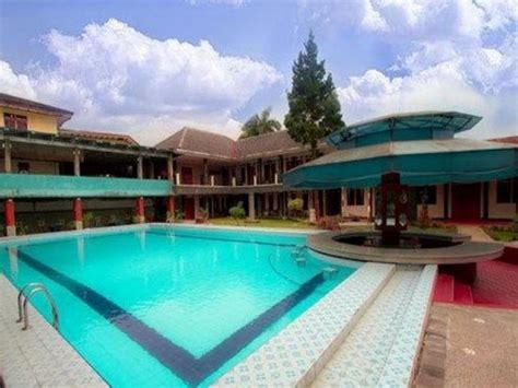 asri hotel puncak indonesia review vila tripadvisor