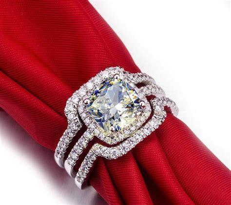 hot bridal set wedding ring set  carat   vvs cushion