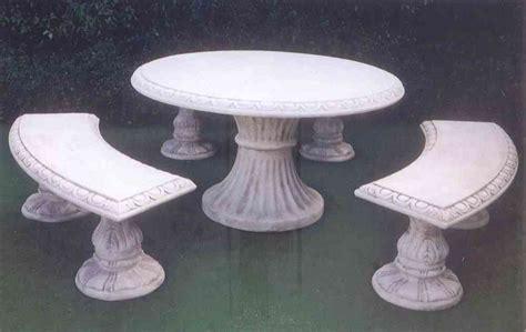 panchine in cemento prezzi tavoli cemento da giardino