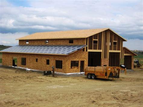 barns with living quarters 25 b 228 sta barn living id 233 erna p 229 ladug 229 rd
