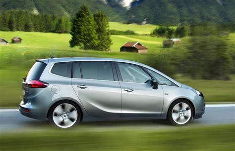 Opel Zafira Review by Opel Zafira Minivan Mpv 2011 Reviews Technical Data