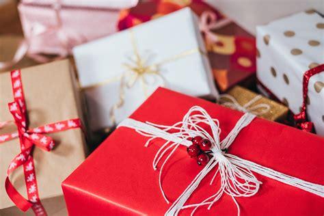 50 beautiful gifts photos 183 pexels 183 free stock photos