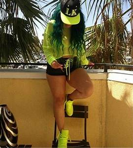 Neon swag - Heather Sanders   EXERCISE OUTFITS   Pinterest   Urban Heather sanders and Neon