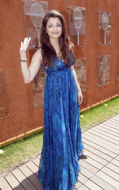 bollywood actresses  maxi dress diva likes