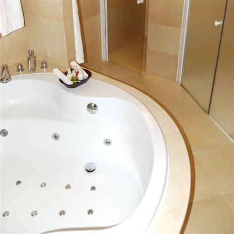 Jetted Bathtub by Cleaning Bath Tub Jets Thriftyfun