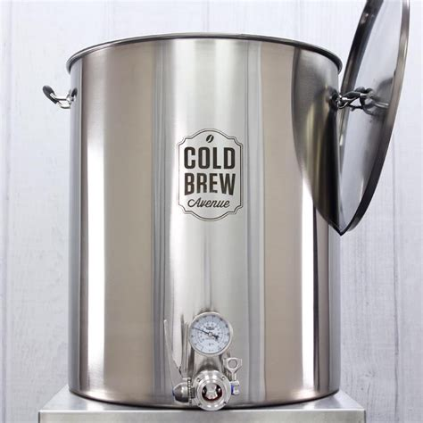 We test our coffee makers and machines to ensure they deliver quality beverages throughout their lifetime. Deluxe Commercial Cold Brew Coffee Maker w/ Filter (50 Gallon)
