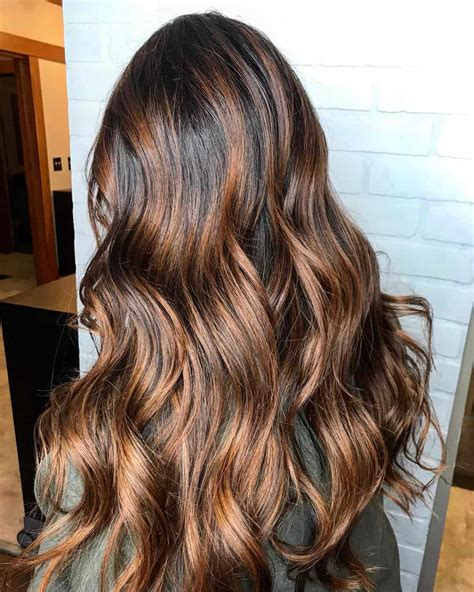 29 Gorgeous Ways To Warm Up To Doing Caramel Highlights