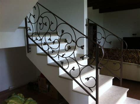 ringhiera in ferro battuto per interno ringhiere per interno e corrimano scala in ferro forgiato