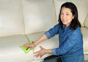 Couch Polster Reinigen : polster reinigen aber mit was ein geheimtipp der super wirkt ~ Markanthonyermac.com Haus und Dekorationen