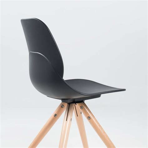le bois de la chaise chaise design en polypropylène et bois victoire 4