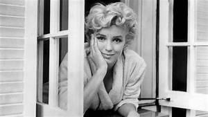 Marilyn Monroe Bilder Schwarz Weiß : sexy in schwarz wei sam shaw fotograf und diven fl sterer n ~ Bigdaddyawards.com Haus und Dekorationen