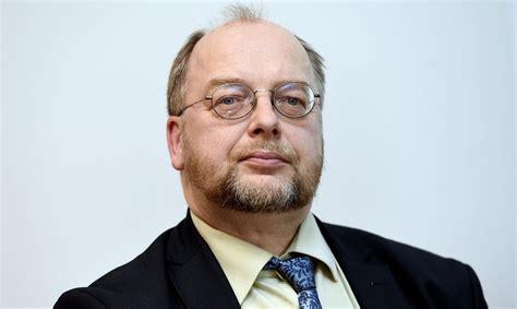 Politiķis Egils Baldzēns 17 dienas izturējis bez ēšanas ...