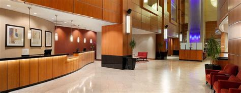 Front Desk In Dc by Washington Dc Convention Center Hotels Embassy Suites Dc