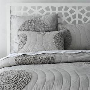 Couvre Lit Blanc : le couvre lit boutis en 75 images ~ Teatrodelosmanantiales.com Idées de Décoration