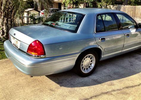 2002 Ford Crown Victoria Trim Information Cargurus