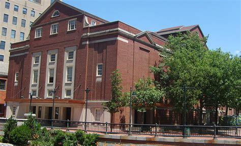 rhode island school of design 301 moved permanently