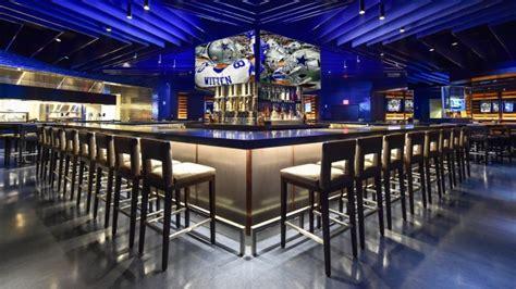 stadium club restaurant opens  dallas cowboys home