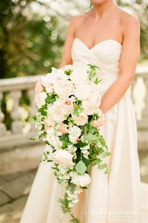 25 Best Cascading Wedding Bouquets Ideas On Pinterest
