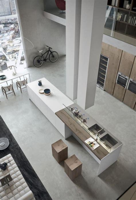 loft cuisine cuisine moderne avec grand ilot central dans un loft