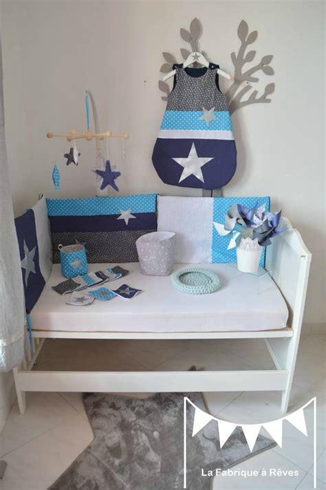 chambre turquoise décoration chambre bébé garçon argent marine bleu