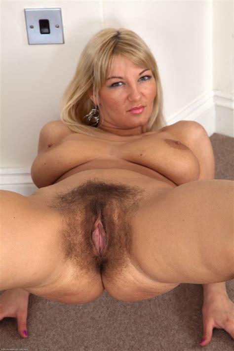 Hairy mature porn Photos Image 184704
