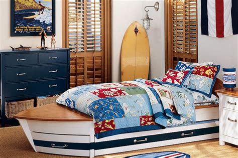 Surf Bedroom Decor by Surfers Bedrooms Home Design Ideas Essentials
