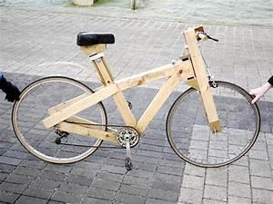 Kleine Sachen Aus Holz Selber Bauen : ein fahrrad aus holz und anderen fundsachen selber bauen tyrosize ~ Frokenaadalensverden.com Haus und Dekorationen