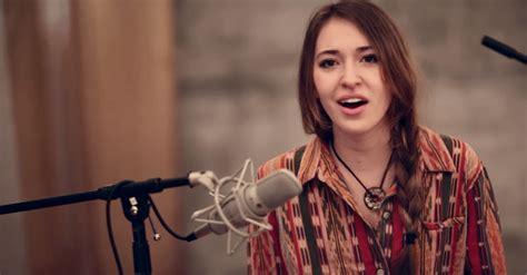 intimate version   christ   lauren daigle