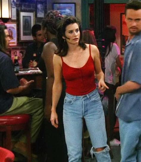 Best 25+ Monica Friends Ideas On Pinterest  Monica In Friends, Monica Gellar And Friends Fashion