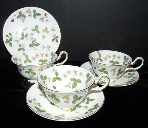 china bone manufacturers wedgwood expensive most dinnerware quality earthenware josiah producing began synonymous 1812 direction under waterford ii