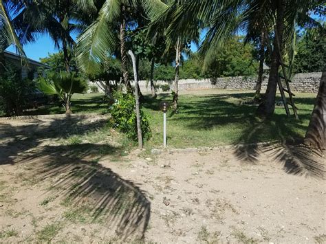 cottage to let cottage to let in diani with a pool diani