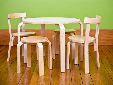 mocka hudson table and chairs kid s furniture