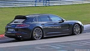 Porsche Panamera Break : 2018 porsche panamera shooting brake spy shots ~ Gottalentnigeria.com Avis de Voitures