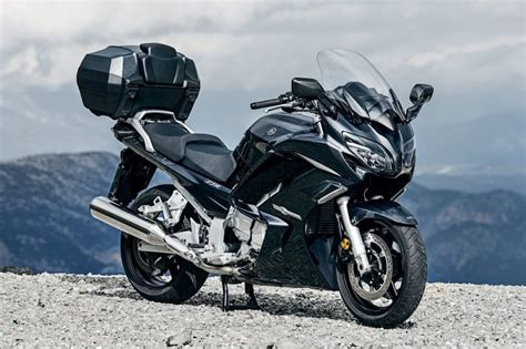 headset yamaha 16 best touring motorcycles for rides