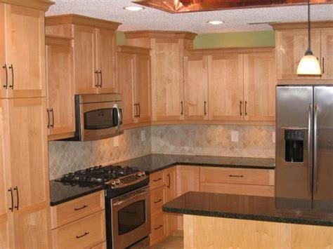 countertops for maple cabinets maple cabinets quartz