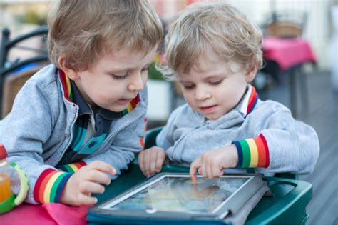 teaching preschoolers with autism 19 toys amp apps that can help develop language and social 490