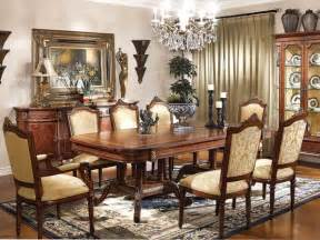 Traditional Dining Room Furniture Sets